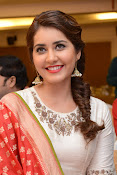Rashi Khanna photos at Santhosam awards event-thumbnail-6