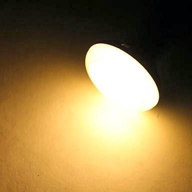 Luz c lida y luz blanca o fria algo a tener muy en cuenta for Luz blanca o calida