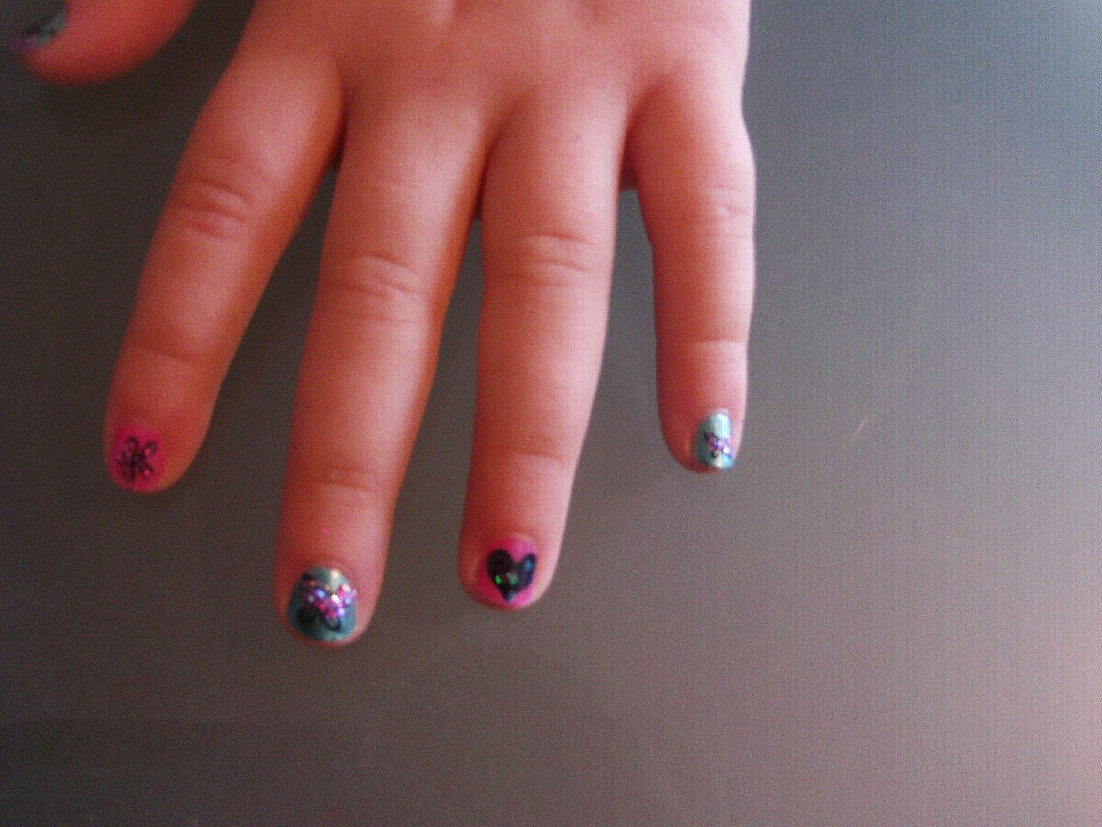 Outer glow children nail art glitter tastic my daughter wearing my nail designs prinsesfo Choice Image
