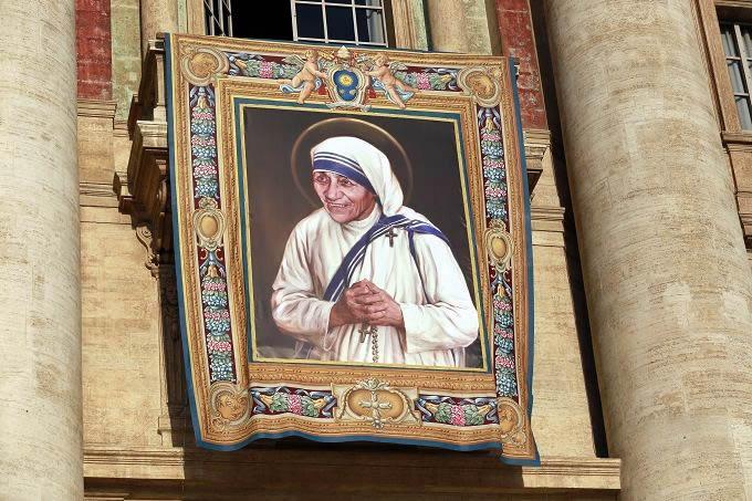 Mother Teresa Has Been Declared a Saint
