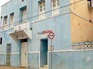 Prefeitura de Itacaré, onde estavam atuando irmão e cunhado do prefeito, irmão do vice-prefeito e sobrinhos da mulher do prefeito (Foto: Reprodução/TV Bahia)
