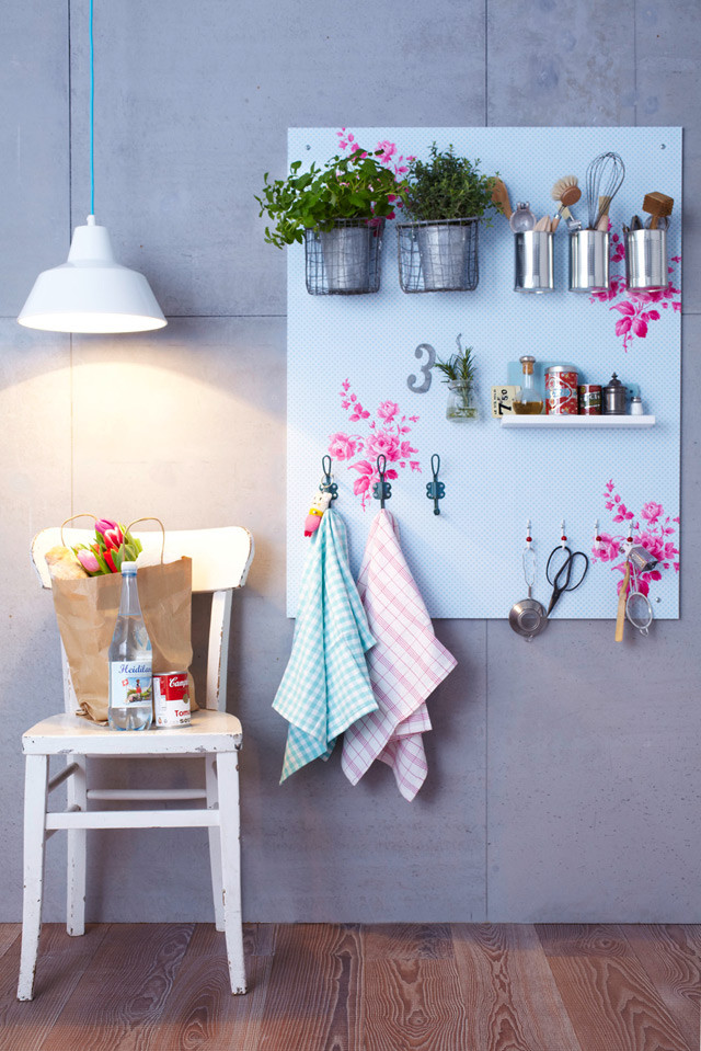 Diy tablero estante para la cocina x4duros bloglovin - Como hacer estantes de cocina ...