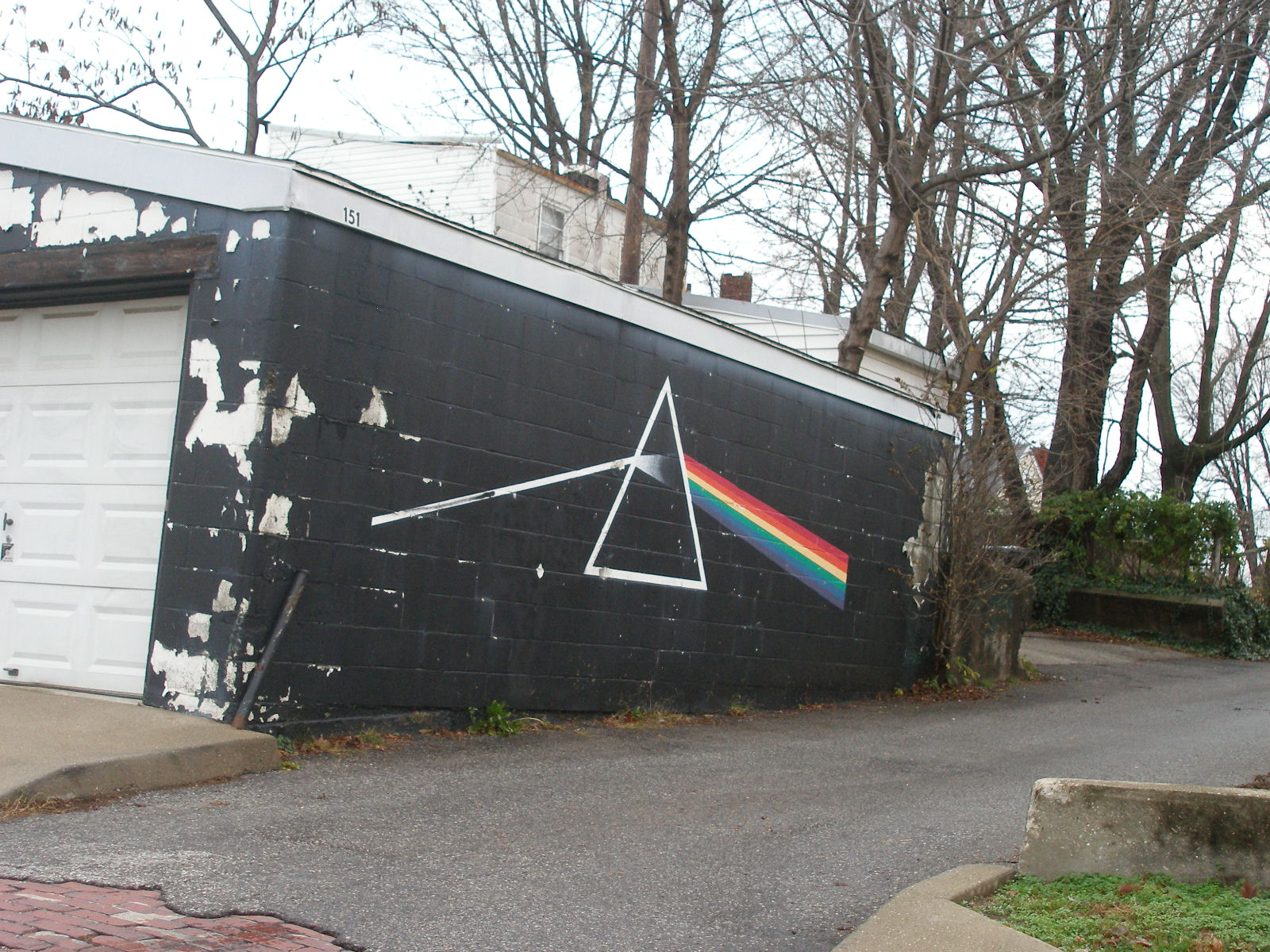 Jsh 39 s visual slushpile pink floyd mural for Dark side of the moon mural