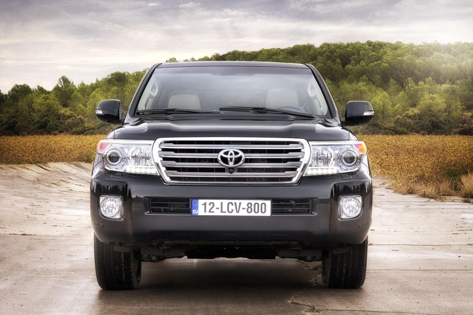 http://4.bp.blogspot.com/-HTFMidNfdAs/UAynw4rOFOI/AAAAAAAALmQ/DiT2Stxk8YI/s1600/Toyota+Land+Cruiser+V8+(1).jpg