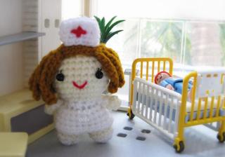 image crochet nurse