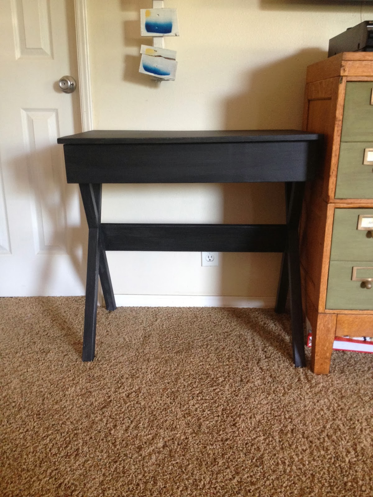 painting furniture black DIY desk