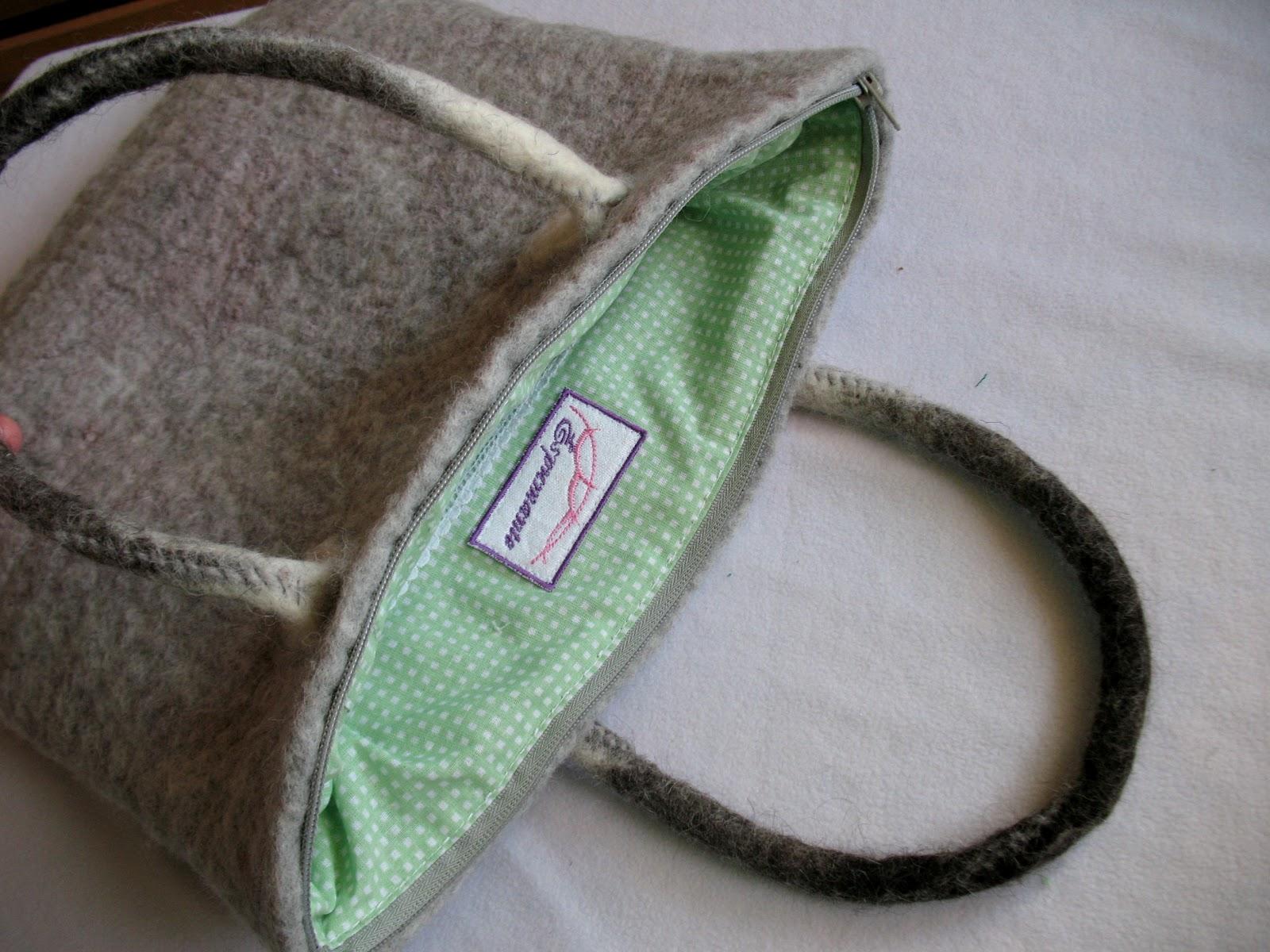 Пришить молнию и подклад к валяной сумке