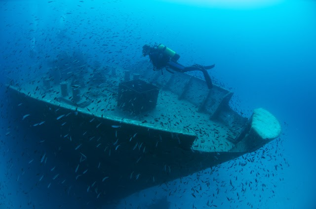 Chikarma diving diving holidays malta scuba diving in for Gozo dive centres