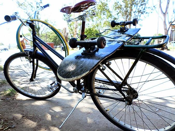 Como pintar bicicleta antiga + remover ferrugem