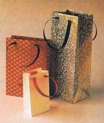 Bersatu di sini gift bag paper craft template and tutorial for Craft paper gift bags