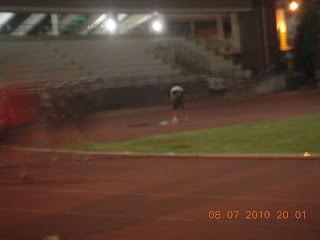 running, track oval