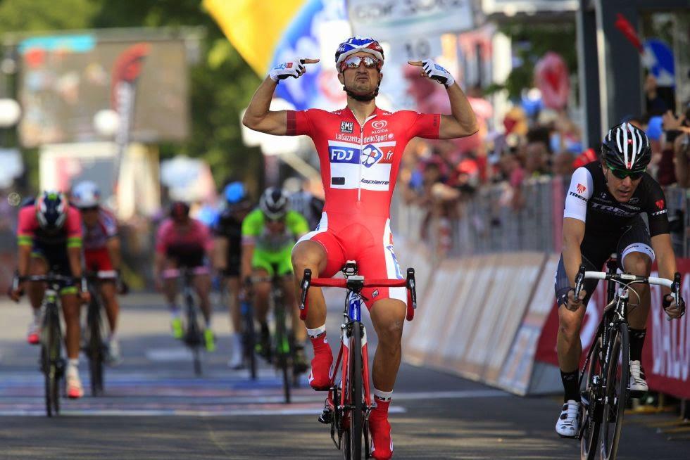 Tras la retirada de Kittel, Bouhanni gana todos los sprints