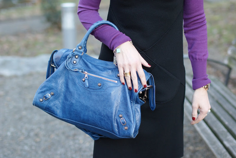 blue cobalt Balenciaga City bag, Fashion and Cookies, BVLGARI BZero ring