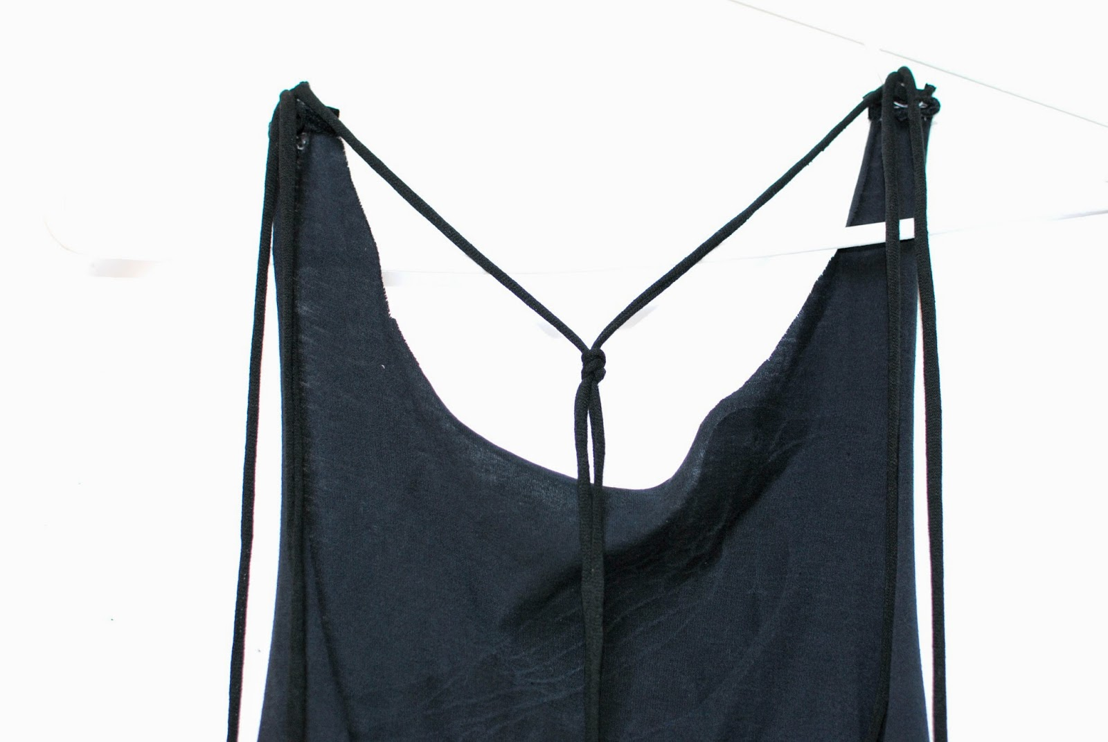 how to cut a tshirt into a racerback