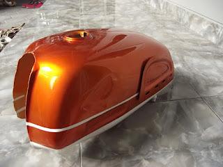 Warna Orane Cat Tangki Motor CB 100