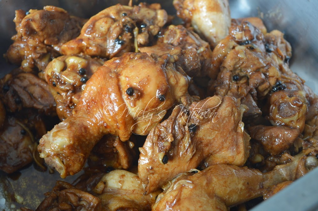 Chicken Adobo with Sprite - Mely's kitchen