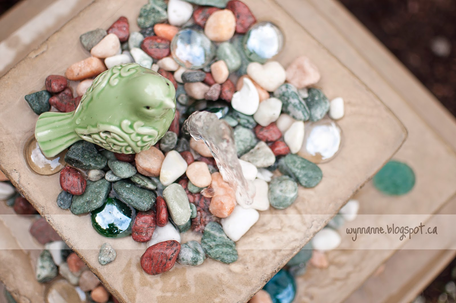 Making a Splash | Wynn Anne's Meanderings -- bird bath, fountain