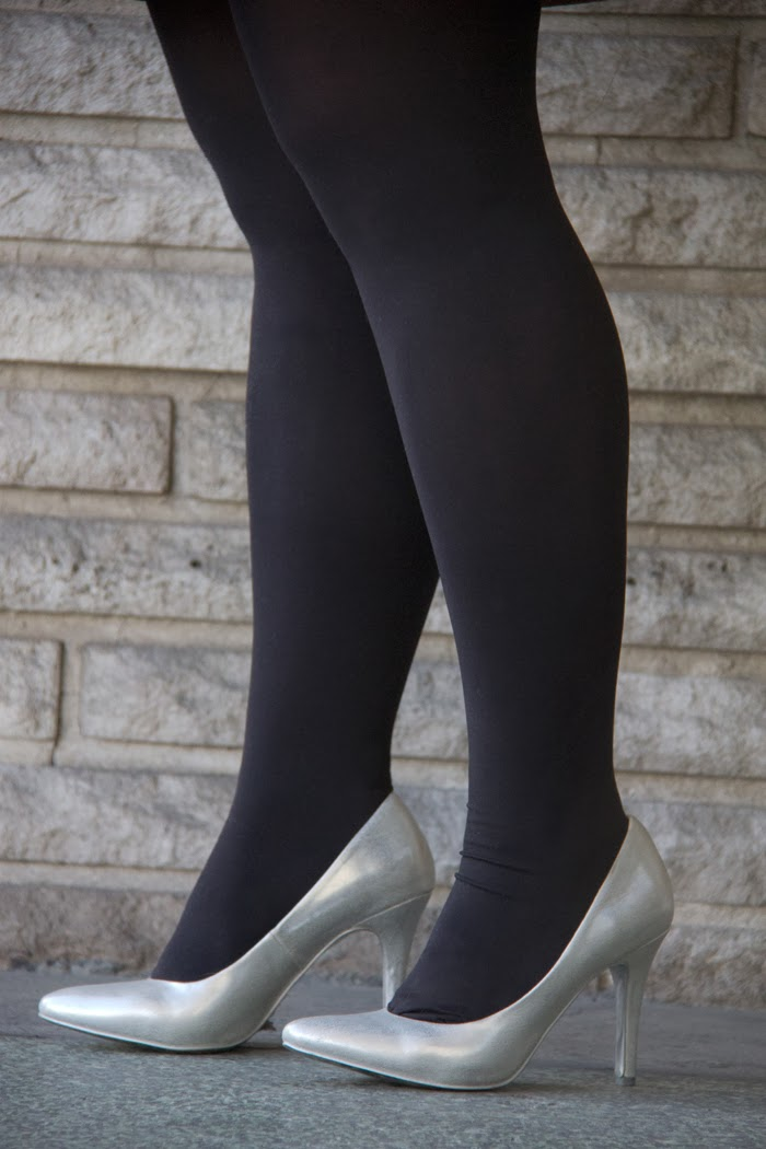 Black-tights, silver-pump, NYE-look, Street-Style, Fashion-Blogger