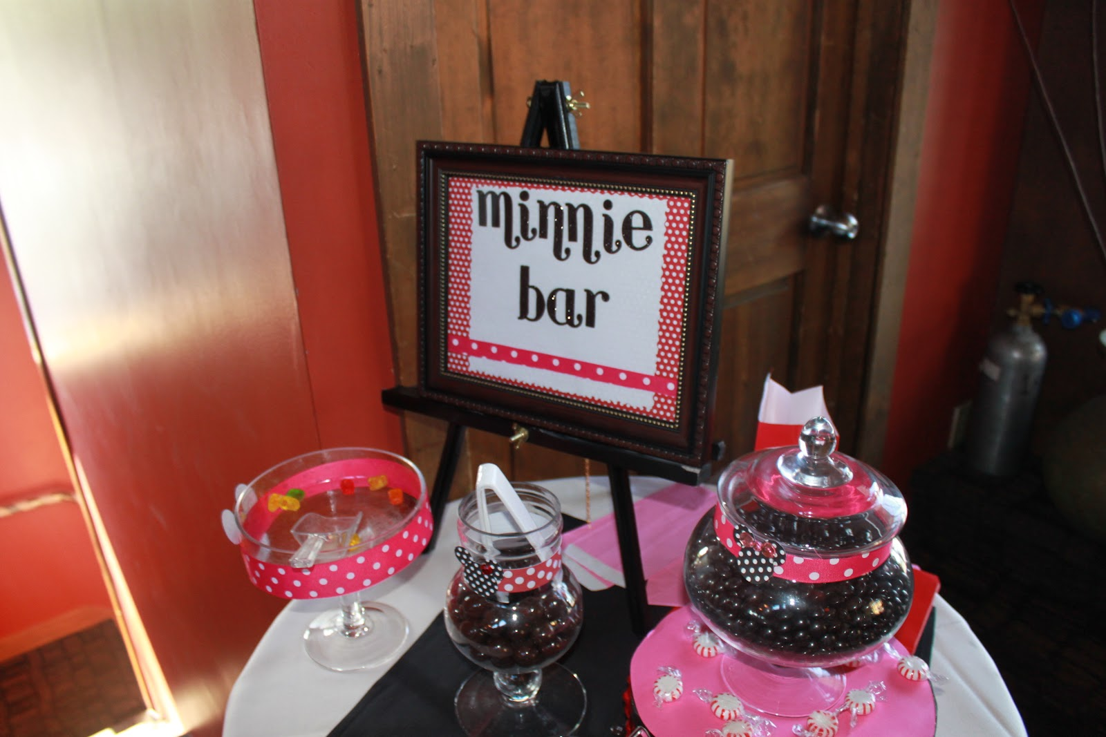 Minnie Mouse Baby Shower Table Decorations Ideas A