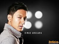 Aktor Dimas Anggara punya kriteria khusus pada lawan jenisnya. Dimas