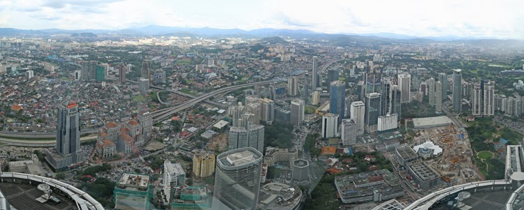 Skybridge Kuala Lompur Petronas Twin Towers View