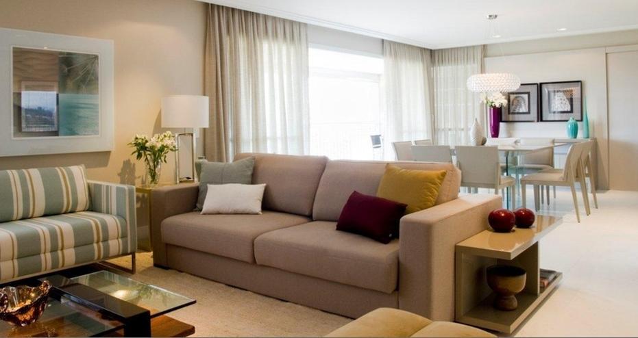 A casa da sheila sala de estar com pequenas doses de cor for Cores sala de estar feng shui