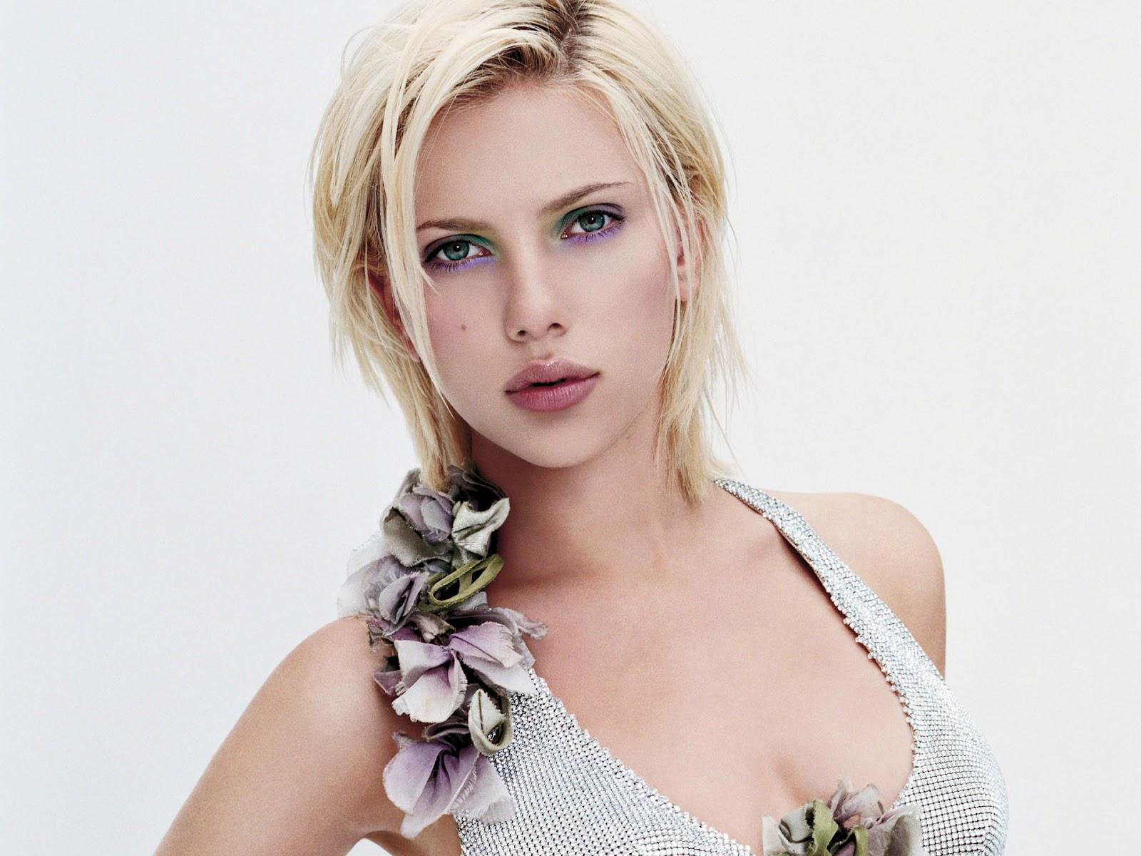 http://4.bp.blogspot.com/-HVZd9vI3gFc/TzH_pMwDmRI/AAAAAAAAFRg/mDJoJ-gcp_8/s1600/Scarlett-Johansson-05.jpg