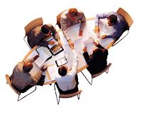 Durante il colloquio di gruppo cercate di non prevaricare sugli altri ma diventate moderatori e fate in modo di riassumere i contributi di ciascuno