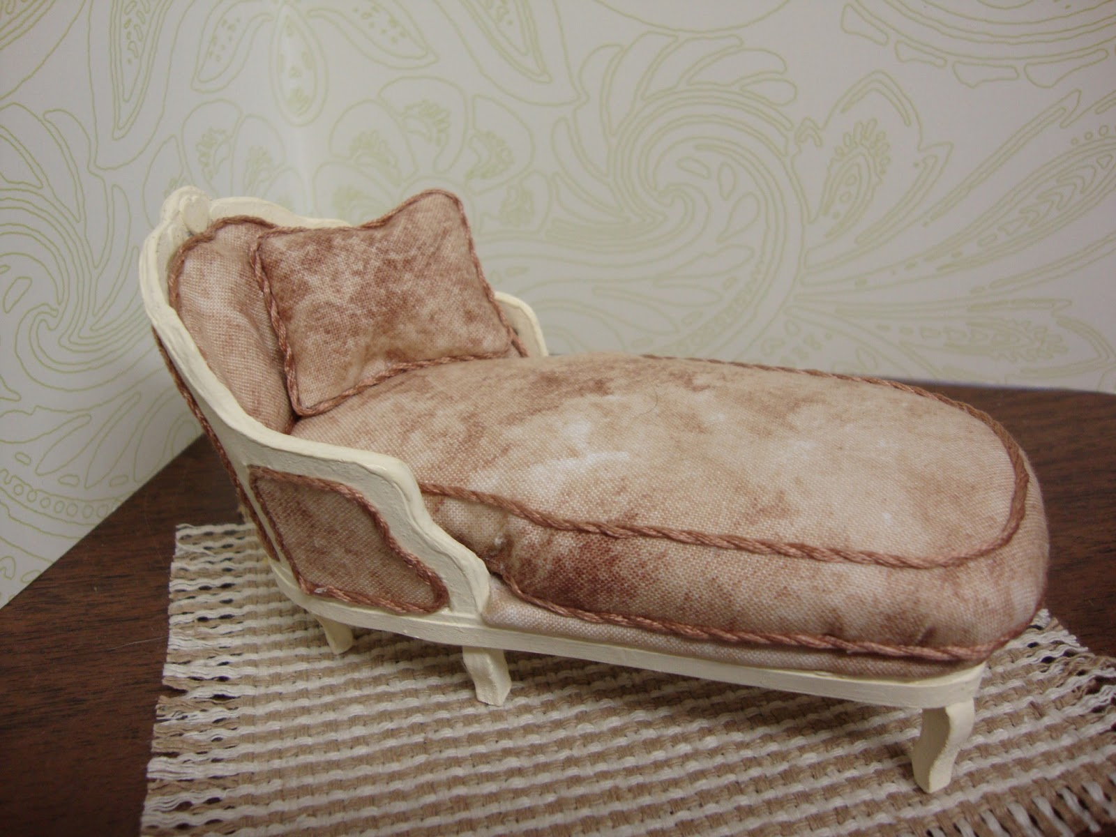 A Romantic Country Home Mini Chaise Lounge Chair