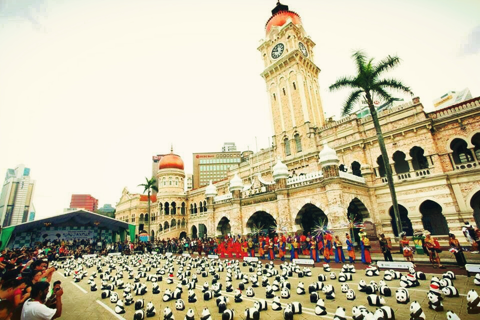 1600 Pandas in Dataran Merdeka as their first start together with  WWF