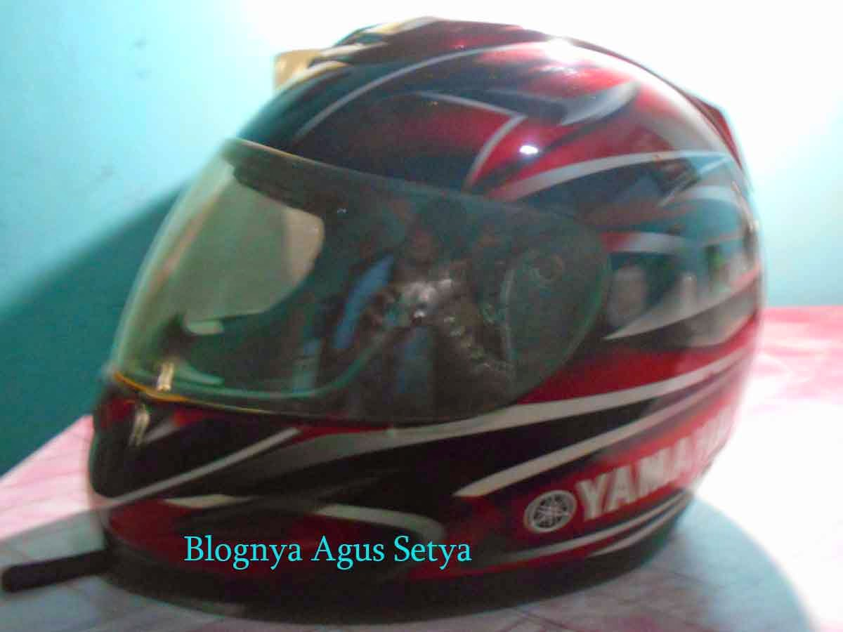 helm full face yamaha
