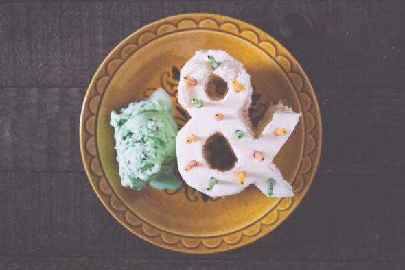 Emily Blincoe photography funny this and that ampersand Ice cream and cake