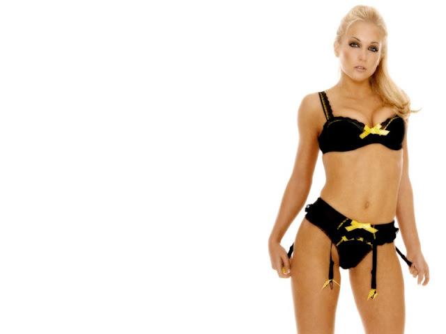 Kayleigh Pearson sexy in swimwear