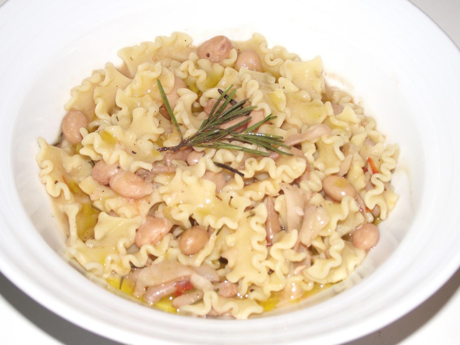 Lui e Lei in Cucina: Pasta e fagioli con le cotiche....di Giuseppe