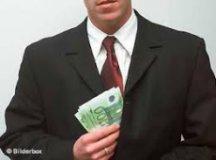 escândalos financeiros