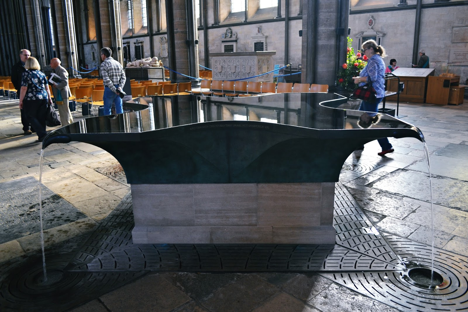salisbury cathedral font