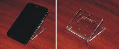 Podstawka z plexi na tablet