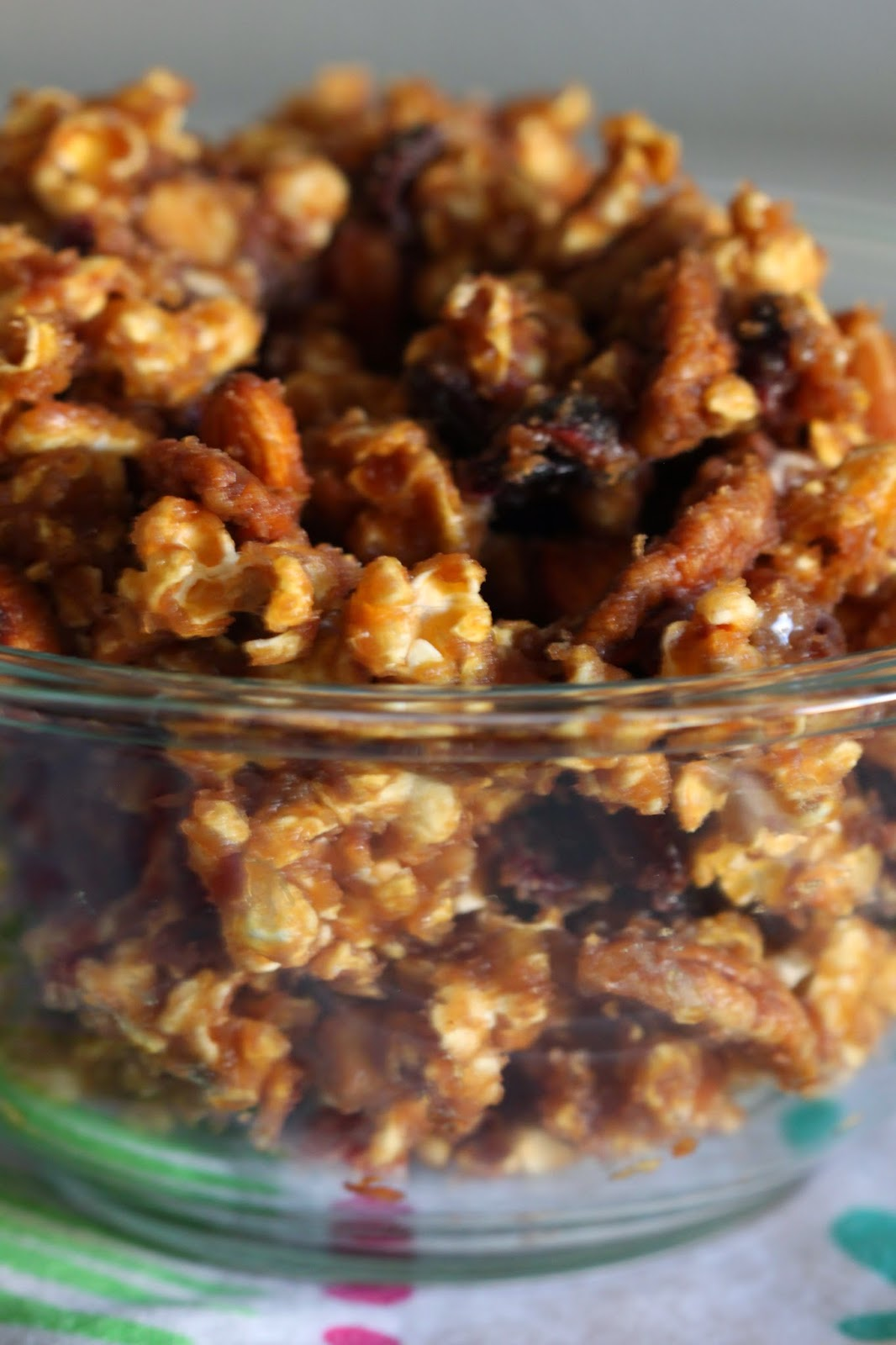 Peanut Butter Caramel Popcorn Mix | Tortillas and Honey