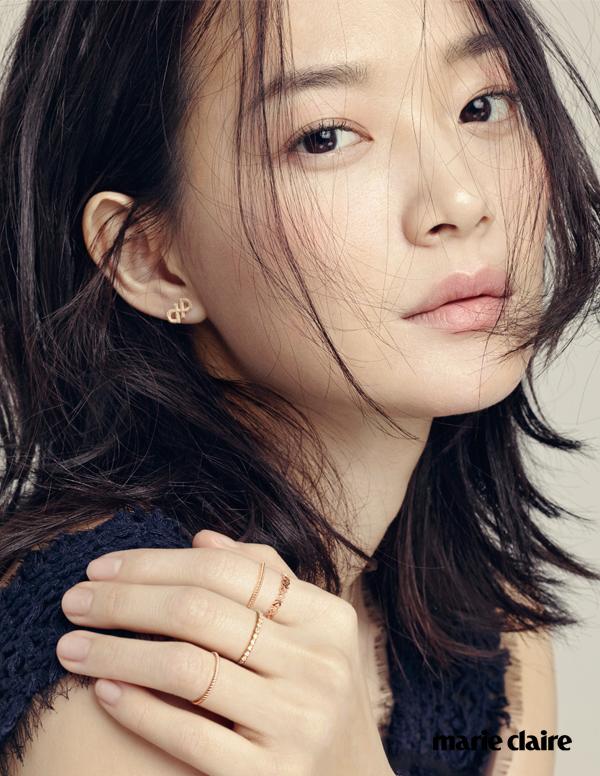 Shin Min Ah Artis Korea Cantik