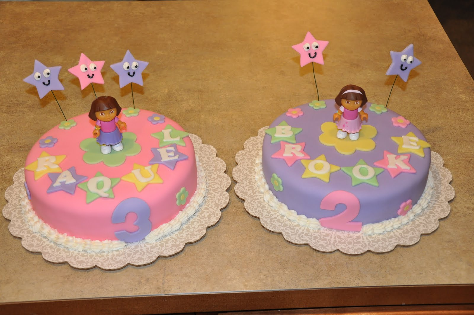 Cake Designs Dora The Explorer : Cake Creations by Christina: Dora the Explorer Birthday Cakes