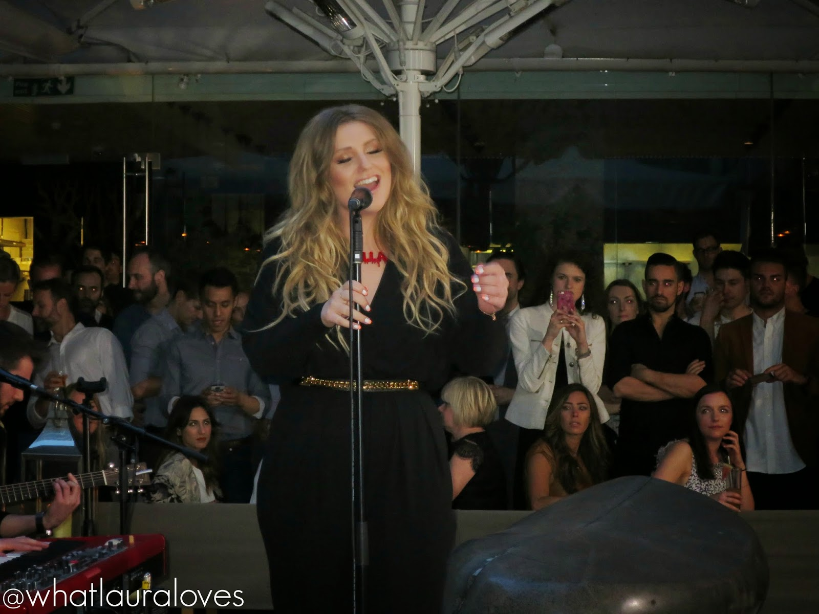 Ella Henderson Singing Ghost at the #EllaForBatiste Launch