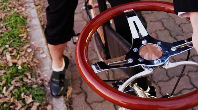 basikal stereng kereta