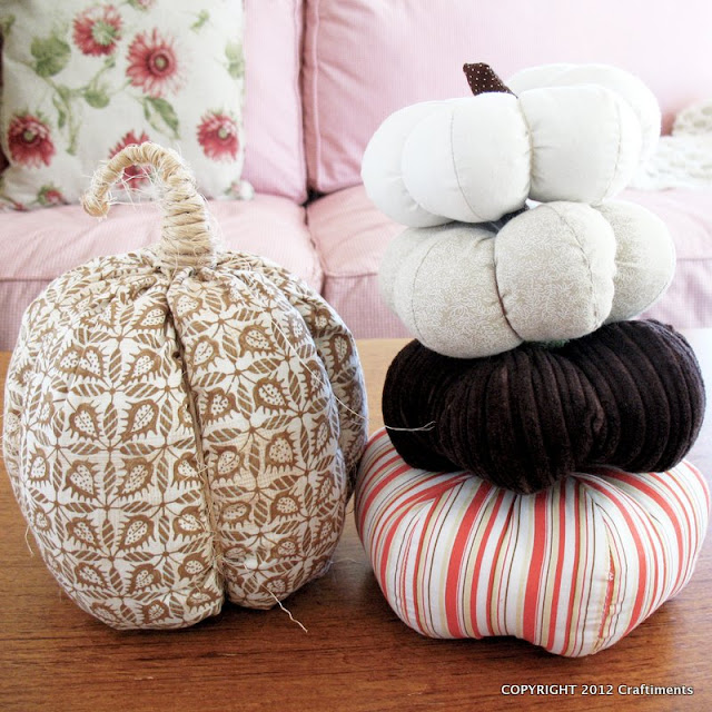 Craftiments:  Stackable fabric pumpkins
