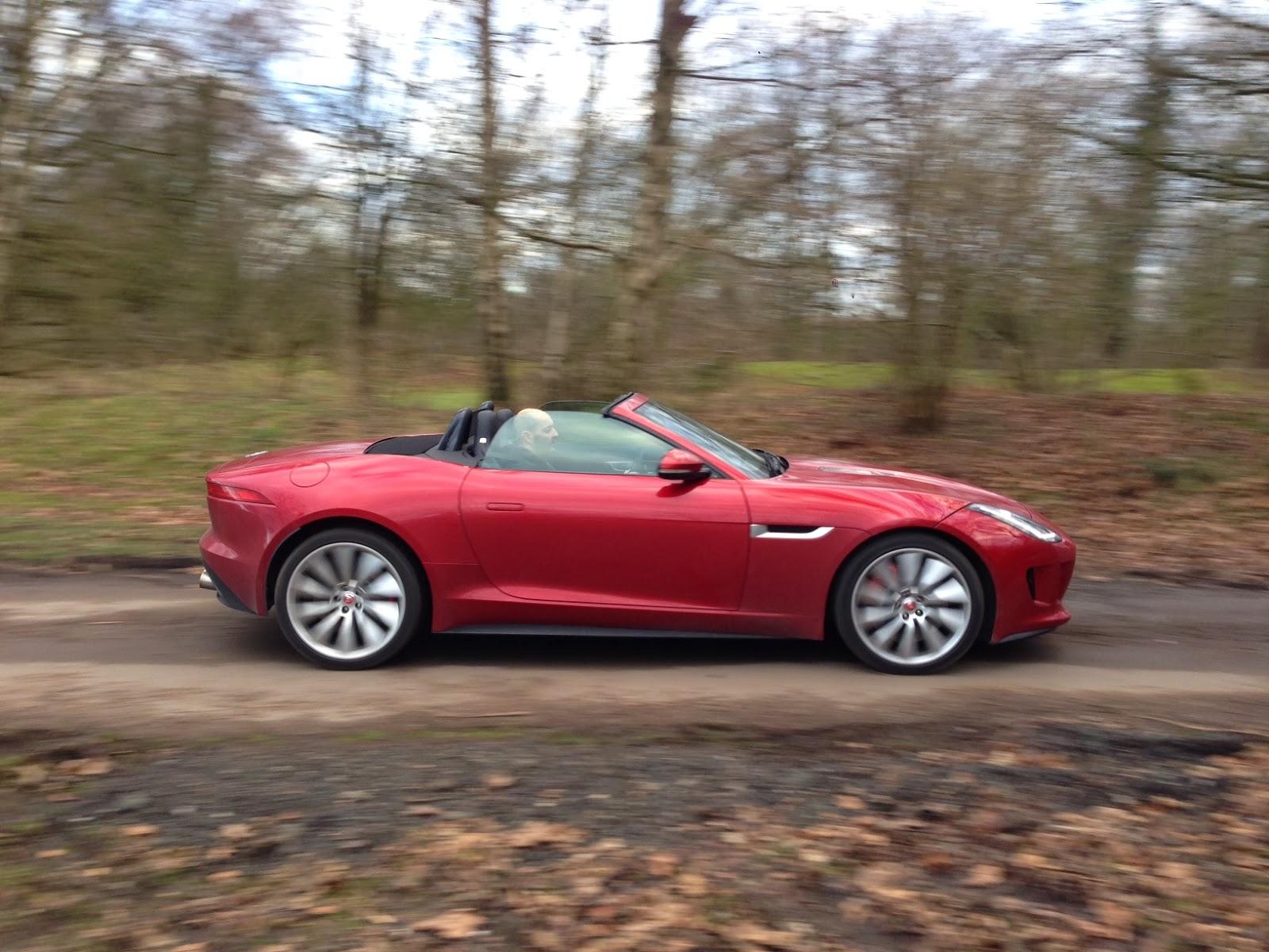 2014 Jaguar F-Type V8 S Convertible in Italian Racing Red