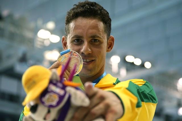 Reverenciado pelas águas, o Mister Pan é brasileiro e irradia conquistas para outras modalidades