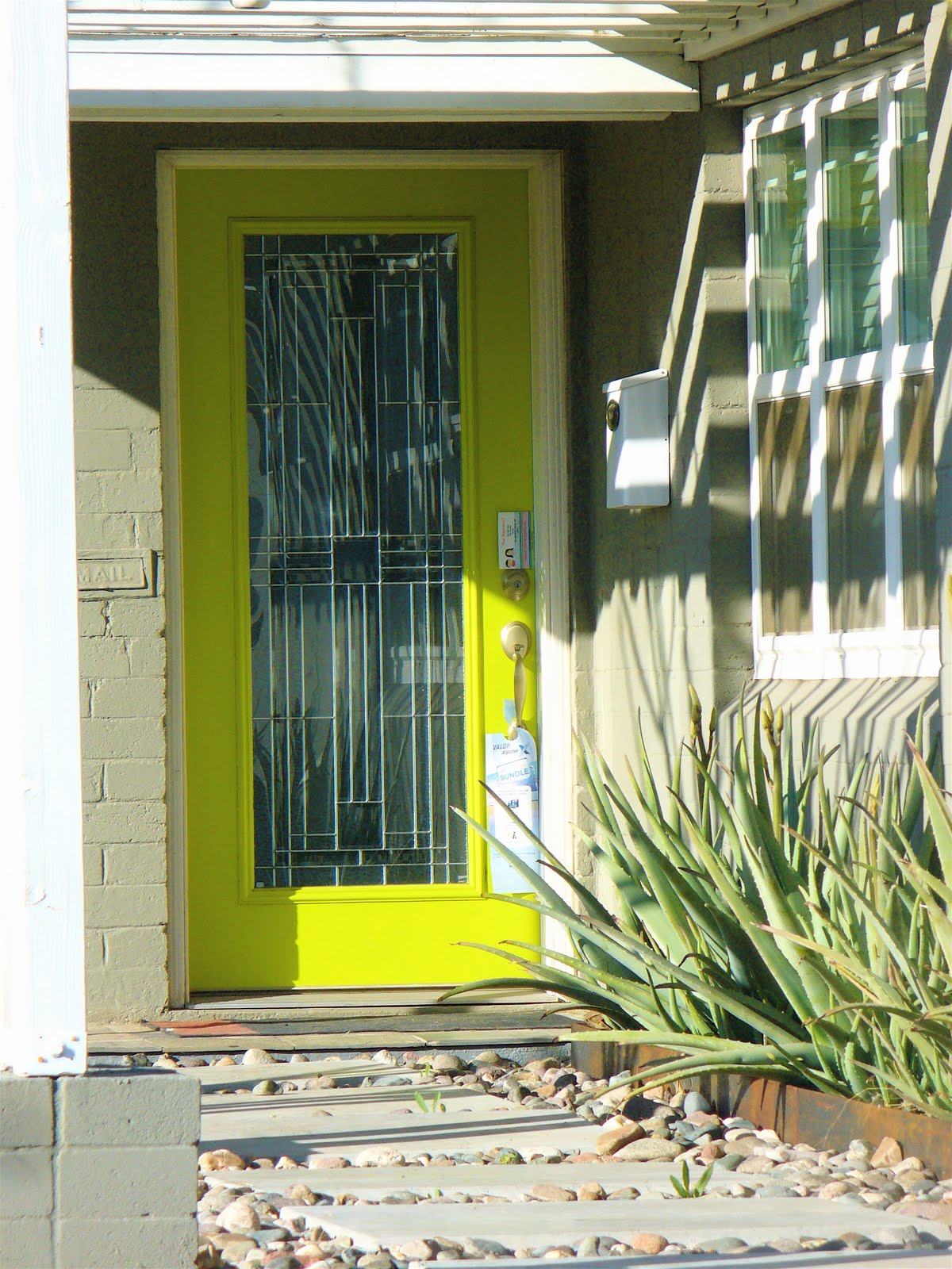 Bandanamom: Exterior Colors And Design - Phoenix Edition (and some MCM)