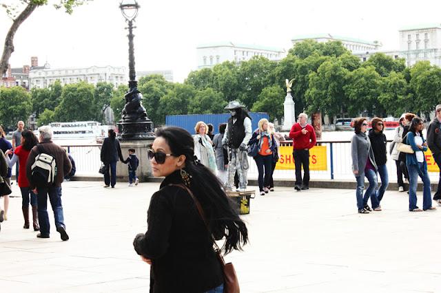 A trip to Queens Walk London City
