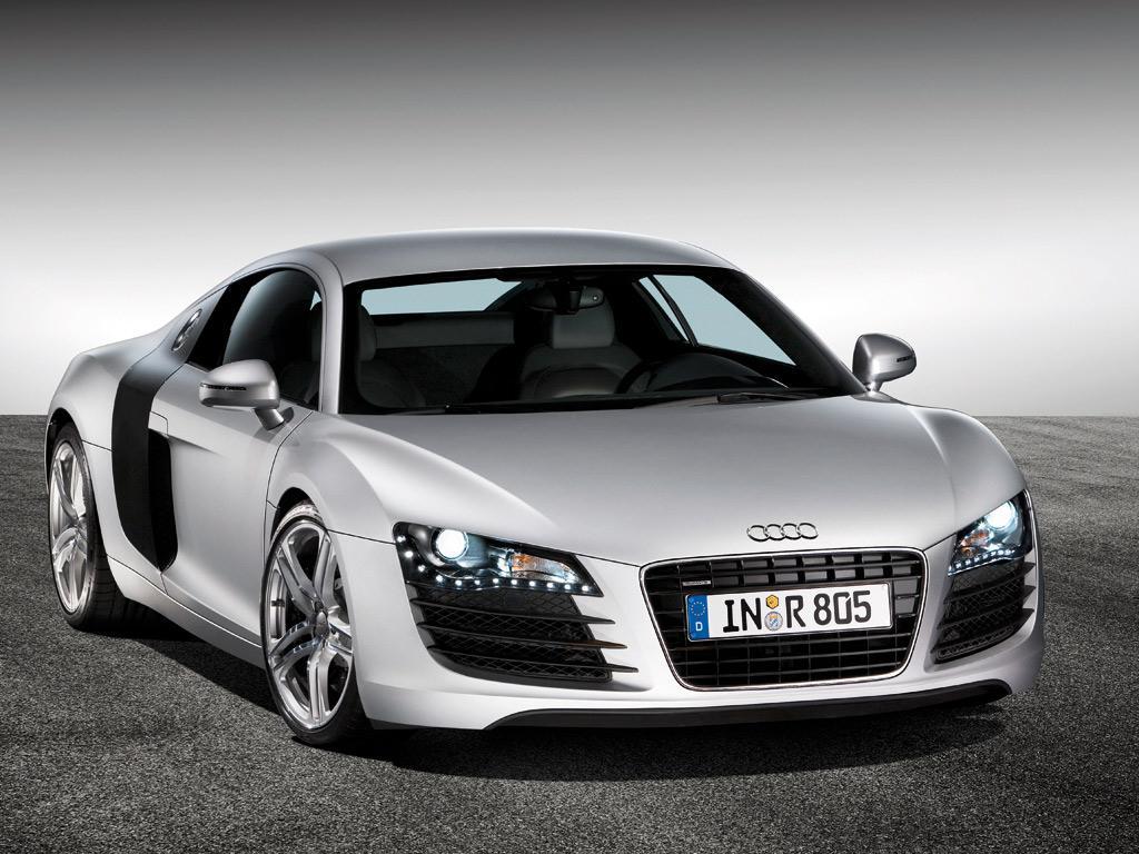 Audi r8 racing cars