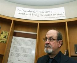 Salman Rushdie, Orang Paling Dicari Dihargai 3 Juta Dollar