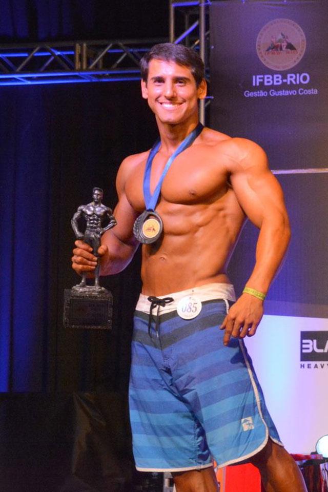 Ivo Toledo é vice-campeão Men's Physique até 1,74 m do Mr. Rio 2015. Foto: Alencar Amaral